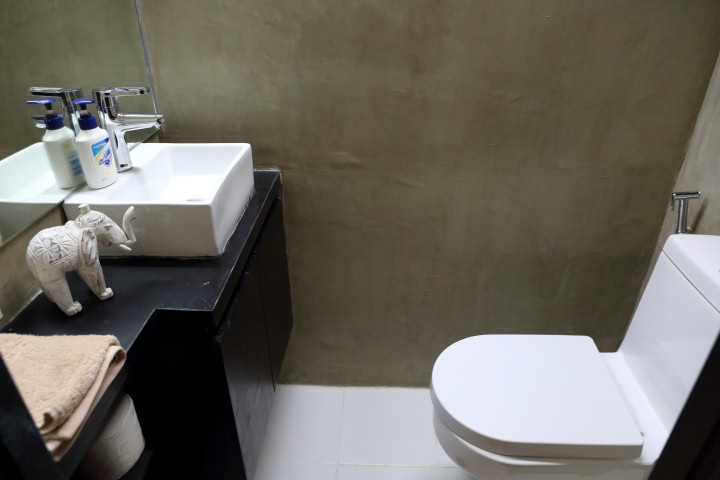 Manila Dormitory DORMUS Four to a Room Toilet and Shower