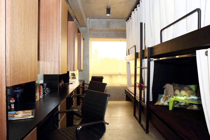 Manila Dormitory DORMUS Four to a Room Deluxe Room